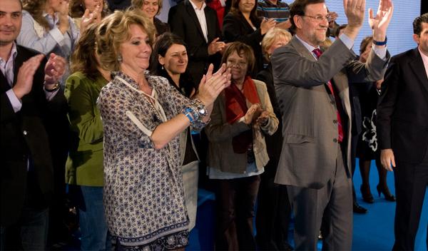 Esperanza Aguirre sufre un accidente con su Wolkswagen Passat