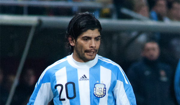 Éver Banega atropello