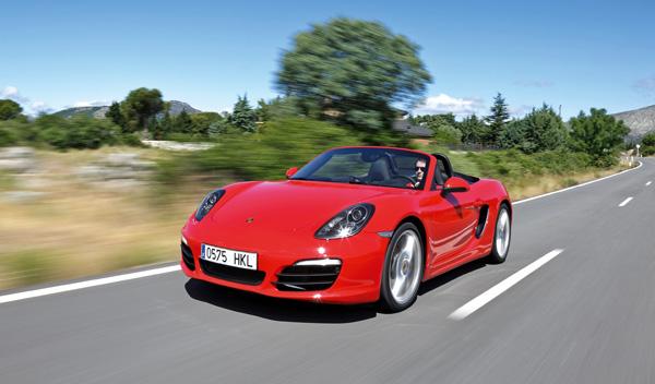 Porsche boxster pdk estrena dise o y medidas de ahorro for Porche diseno
