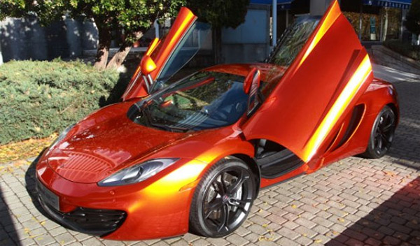 El coche de Cristiano Ronaldo - McLaren MP4-12C