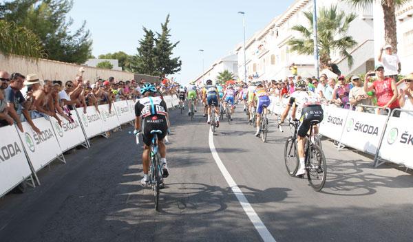 cortes tráfico Vuelta Ciclista España