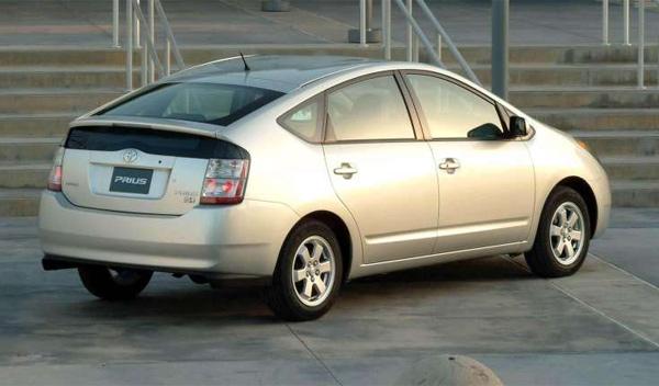 Toyota España - llamada a revisión