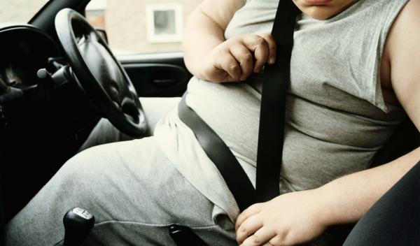 Obeso se pone el cinturón de seguridad