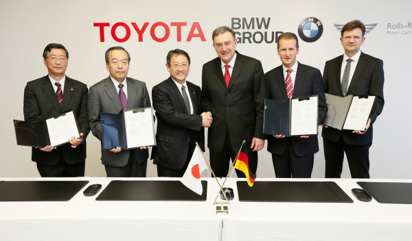 Acuerdo Toyota y BMW 2013