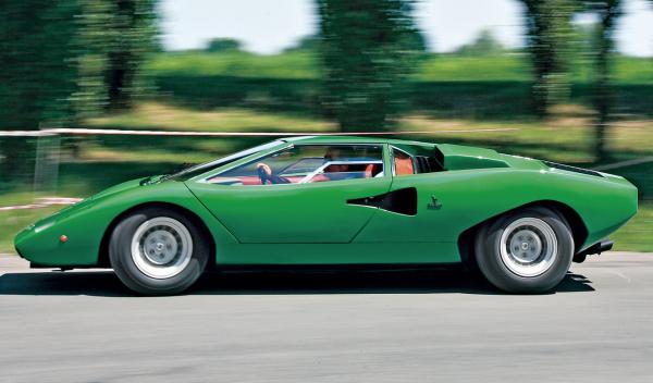 Lamborghini Countach lateral