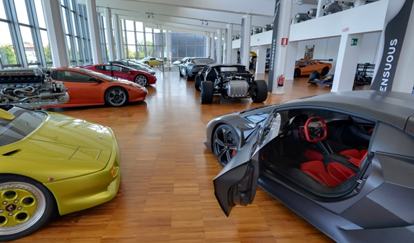 Paseo virtual por el Museo Lamborghini gracias a Google Maps