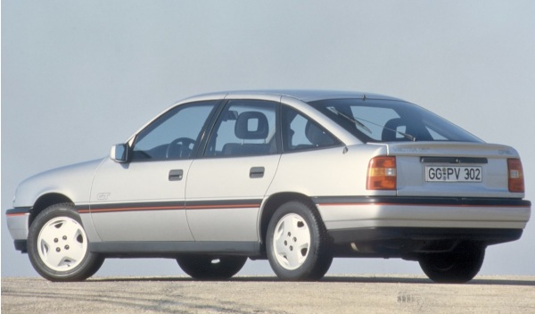 Opel Vectra 25 años 1
