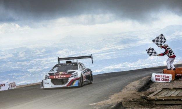 Loeb gana Pikes Peak 2013