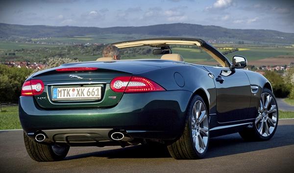 Jaguar XK66 trasera