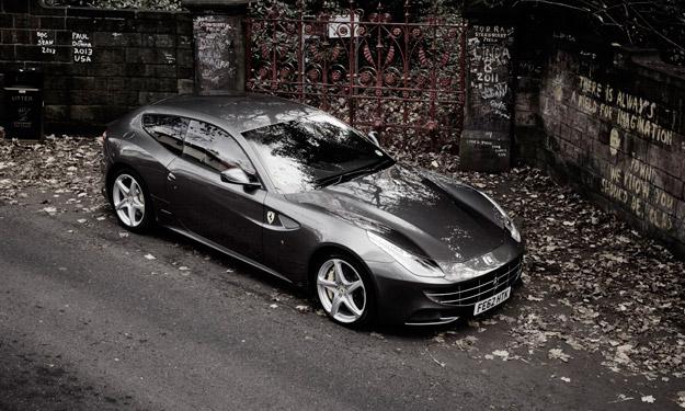 Ferrari ff calle