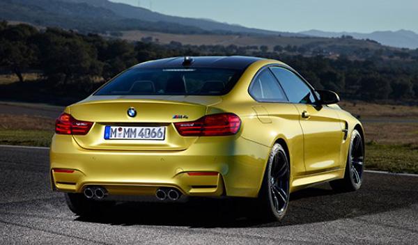 BMW M4 Coupé trasera
