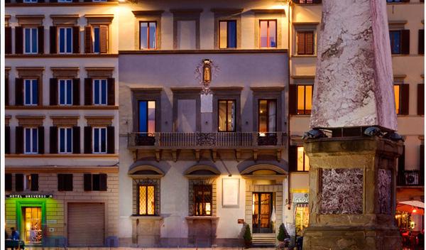 Fachada Hotel Garibaldi Blu