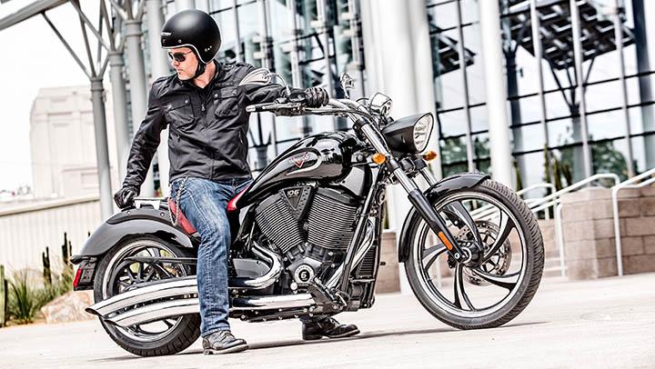 Las motos americanas gustan más, las japos son más fiables ...