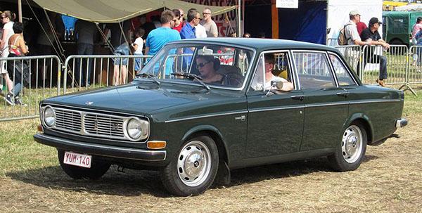 volvo 144 Sedan