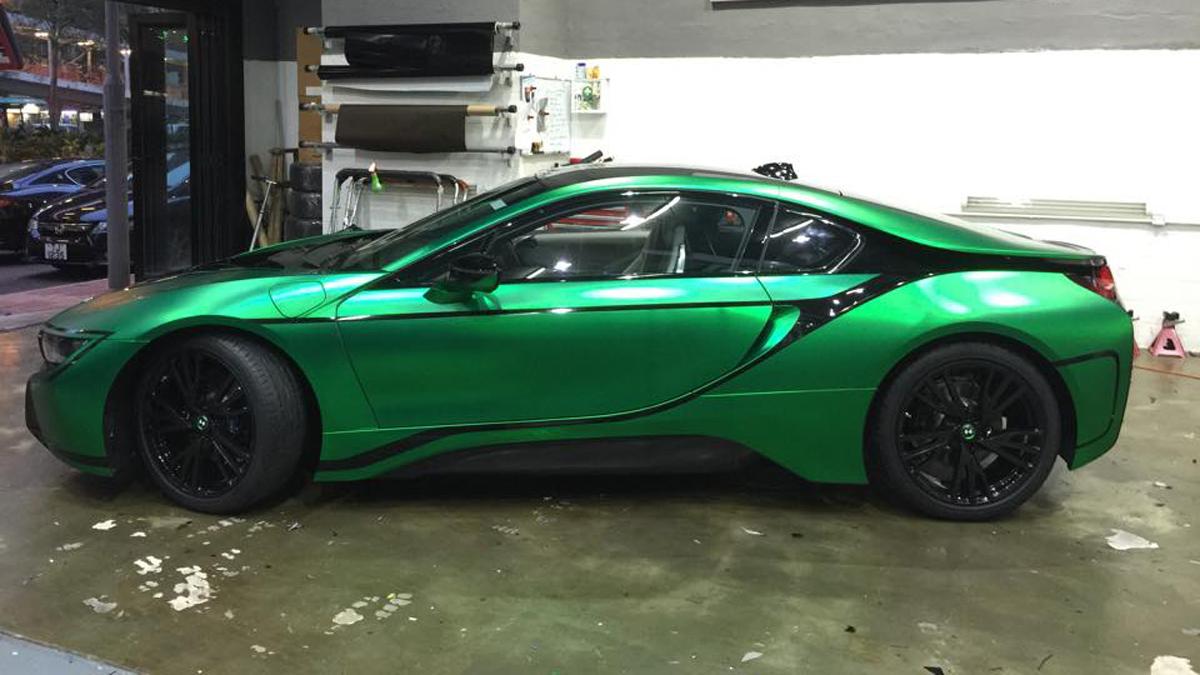 Un bmw i8 vinilado en color verde mate acierto o error - Colores que combinan con verde ...
