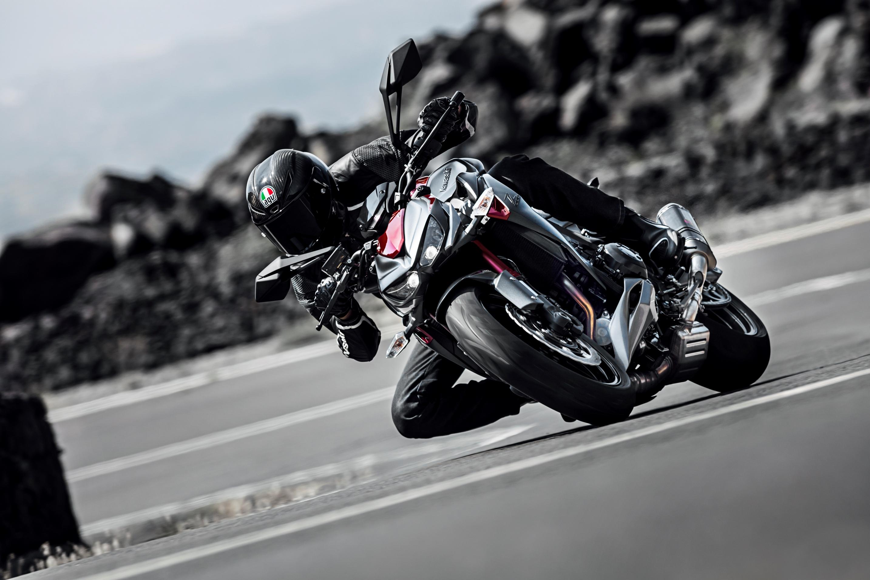 Nuevas Kawasaki Z800 Y Z1000 Sugomi Edition En Eicma 2015 Motos