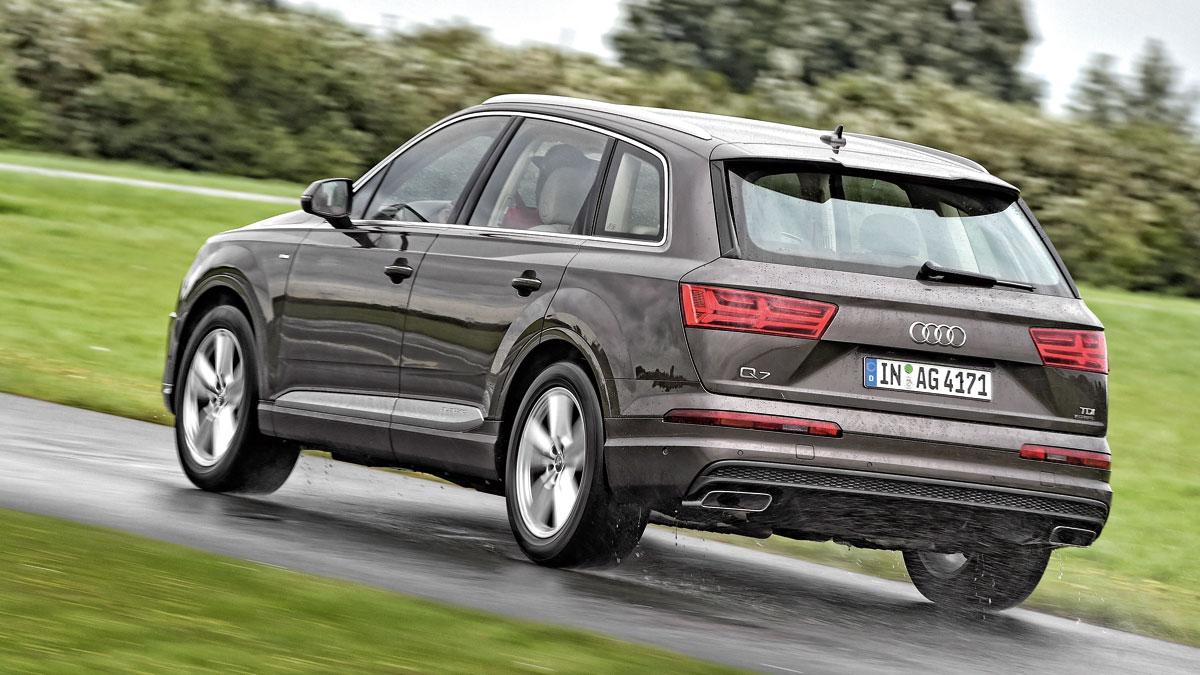 Comparativa SUV lujo Audi Q7 trasera