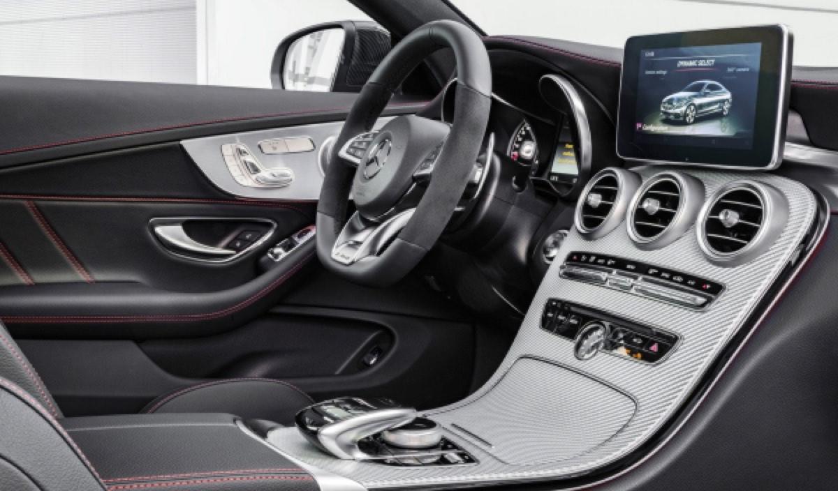 Mercedes-Benz-C43_AMG_4Matic_Coupe_2017_salpicadero_peq