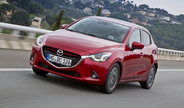 coches nuevos menos 15.000 euros Mazda2