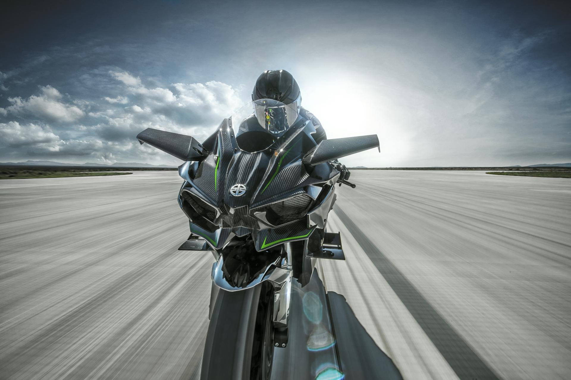 Video Kenan Sofuoglu Pone La Kawasaki H2R A 391 Km H Motos Autobildes