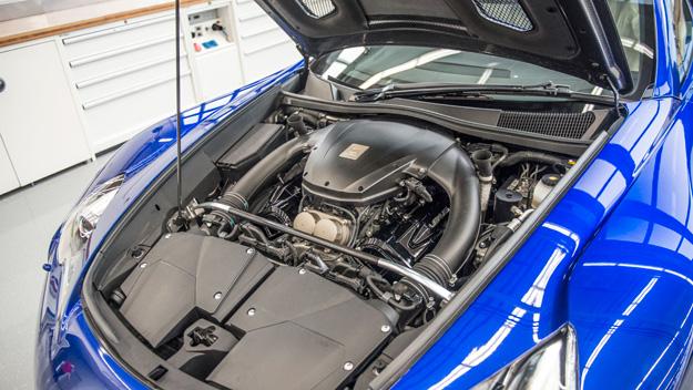 Los mejores trucos sobre como limpiar el motor de un coche for Como lavar el motor de un carro