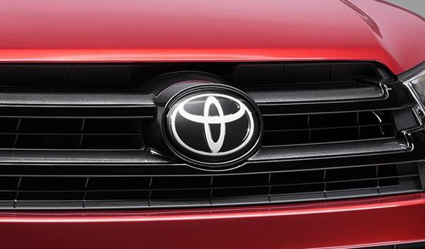 Logo marca coche Toyota