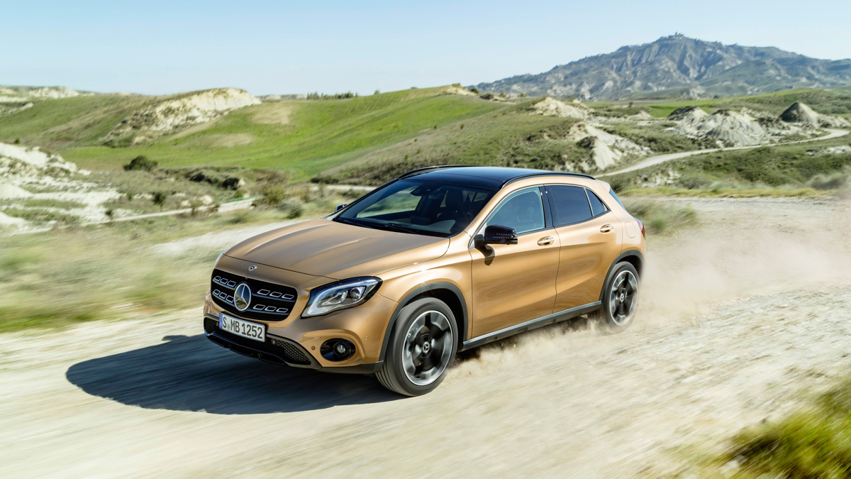 mercedes gla 2017 las fotos oficiales de detroit. Black Bedroom Furniture Sets. Home Design Ideas