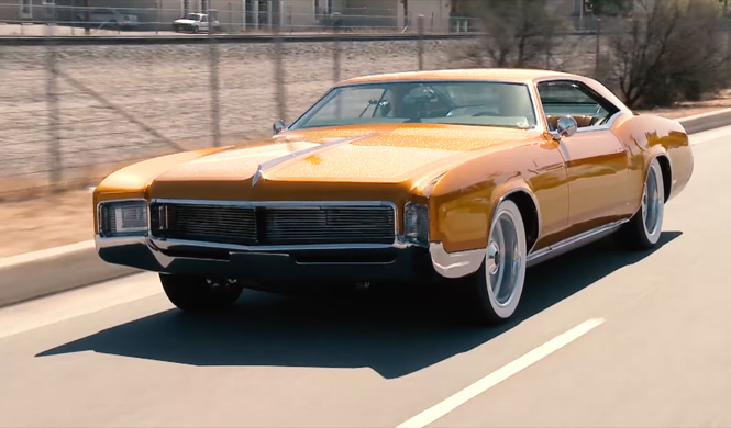 jay leno conduce un espectacular buick riviera de 1966. Black Bedroom Furniture Sets. Home Design Ideas