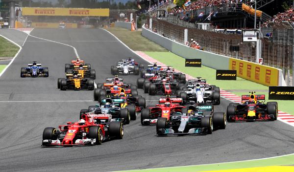 GP España: Hamilton vence tras una gran batalla con Vettel