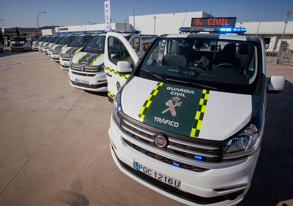 Estas son las nuevas furgonetas que tr fico ha comprado - Guardia civil trafico zaragoza ...