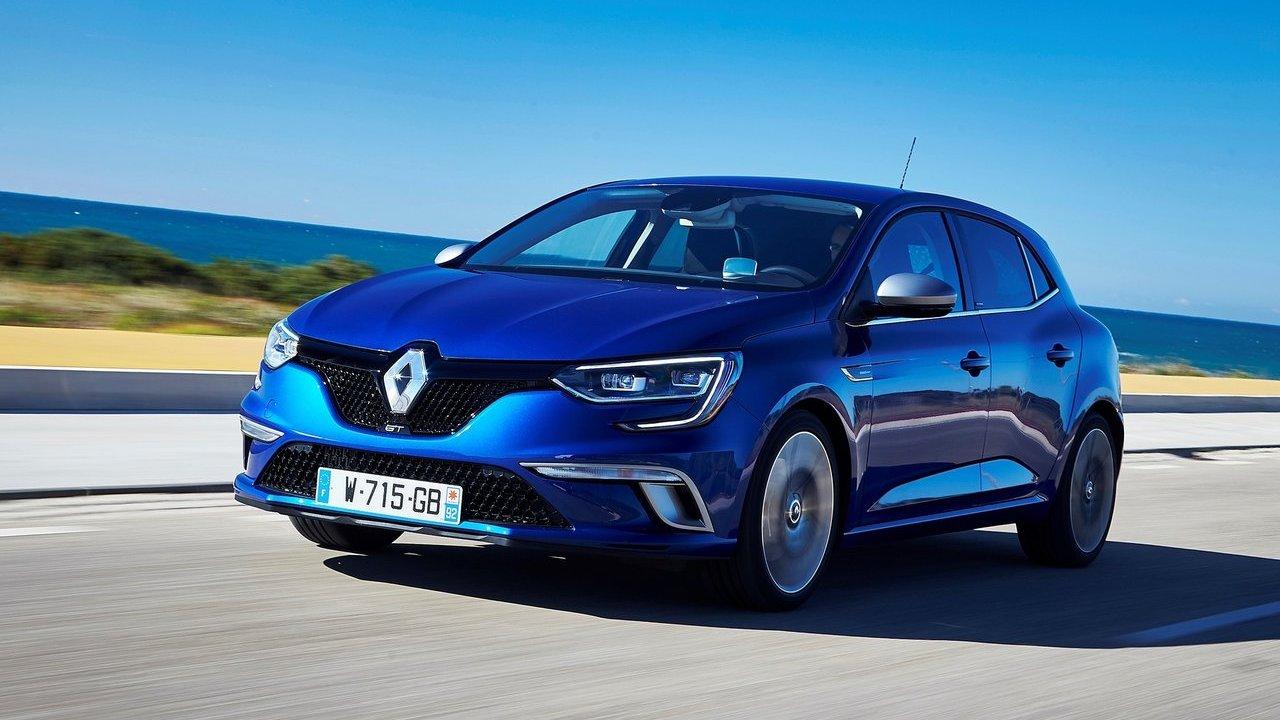 cuanto cuesta mantenimiento coches más vendidos España