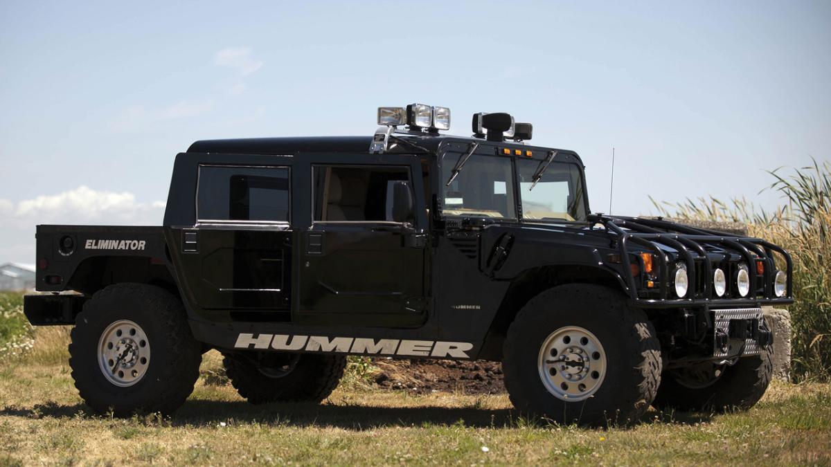 El Hummer H1 de Tupac Shakur sale de nuevo a subasta