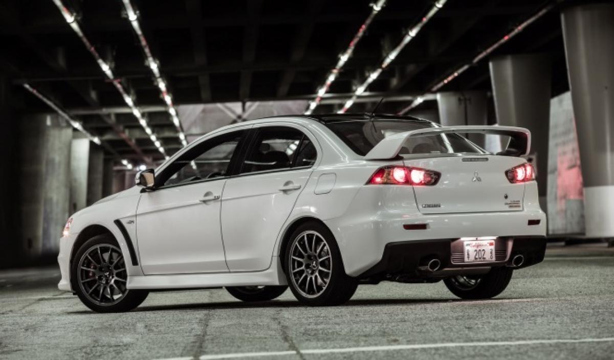 2021 Mitsubishi Evo Images