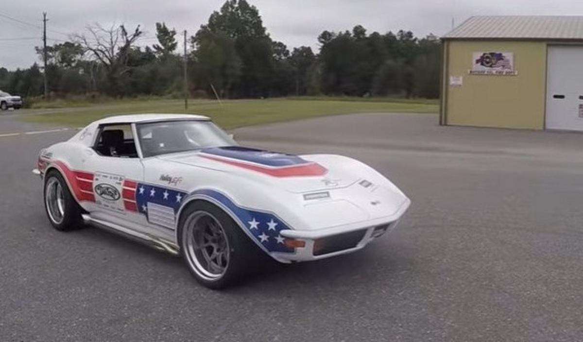 Matt Farah Se Sube Al Chevrolet Corvette C3 De 1973