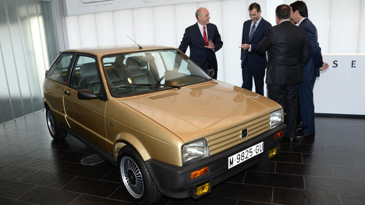 [Imagen: 375493-primer-coche-felipe-vi.jpg?itok=nl5Y7m48]
