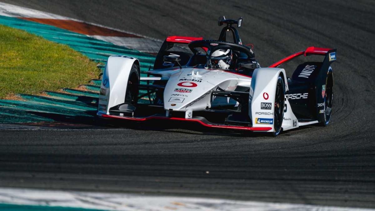 Porsche y Mercedes se estrenan en la Fórmula E en Valencia