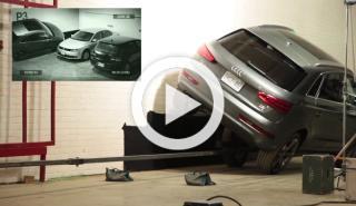 Un anuncio muy curioso: el Audi Q3 aparca a dos ruedas