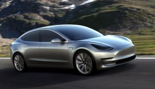 Tesla Model 3 dinamica