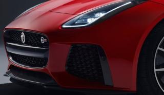 Cazado un Jaguar F-Type con motor seis en línea