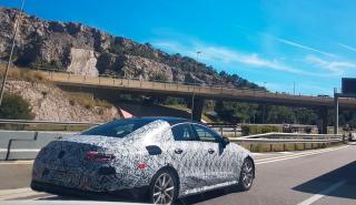 Mercedes CLS 2018 camuflado