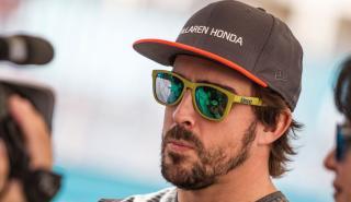 Fernando Alonso, ante la prensa en Abu Dhabi