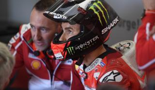 Jorge Lorenzo, descontento con las mejoras de Ducati en el test de Valencia