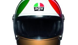 AGV rinde homenaje a Giacomo Agostini con una colección de cascos especiales