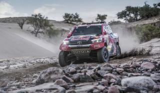 Toyota Hilux Al Attiyah 2018