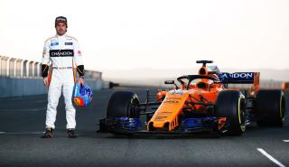 Alonso y el McLaren MCL33 en Navarra