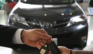 Cinco cosas que probar antes de comprar un coche