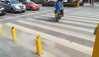 Con este sistema chino nadie cruzará con el semáforo en rojo