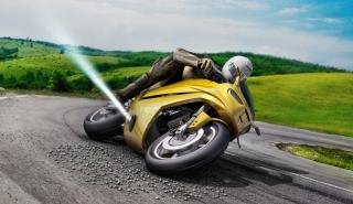 Propulsores en moto para evitar caídas