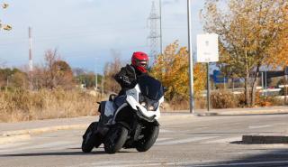 Prueba del Quadro4, una moto de cuatro ruedas