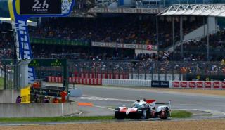 Fernando Alonso lidera en Le Mans